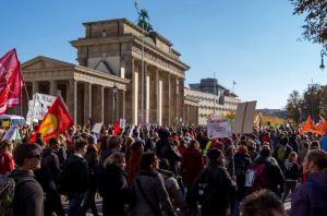 WIR STOPPEN DEN TTIP-FEHLER! FÜR DIE LEBENSRECHTE NACHHALTIG